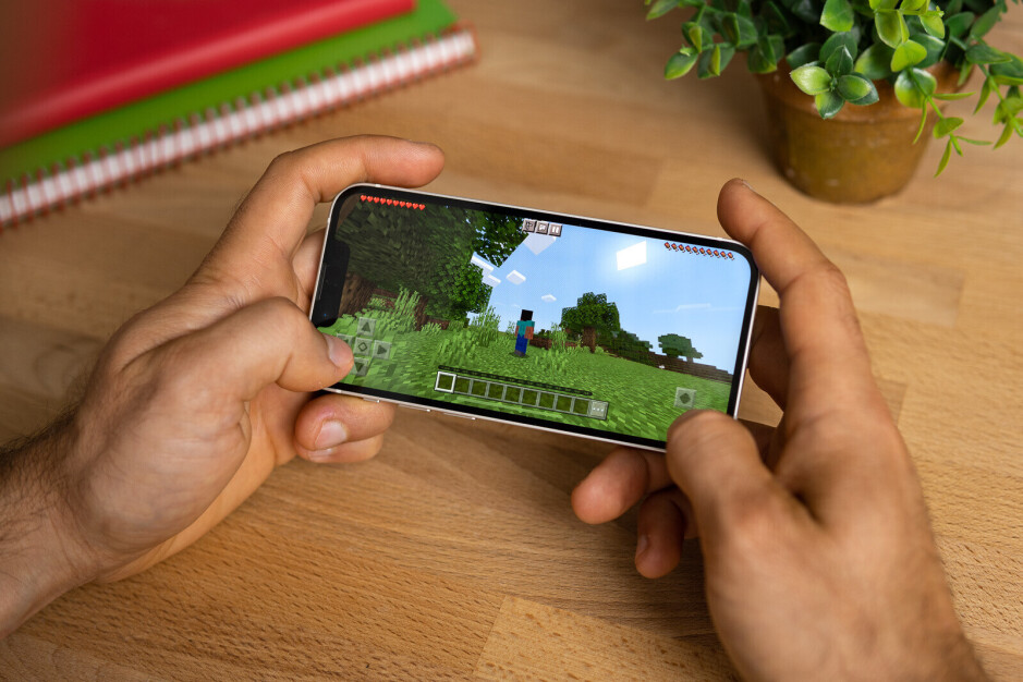 Up to 5 hours and 49 minutes of gaming, 6 hours and 20 minutes of YouTube, according to our tests - I switched from big Android phones to the iPhone 13 mini: Any regrets?
