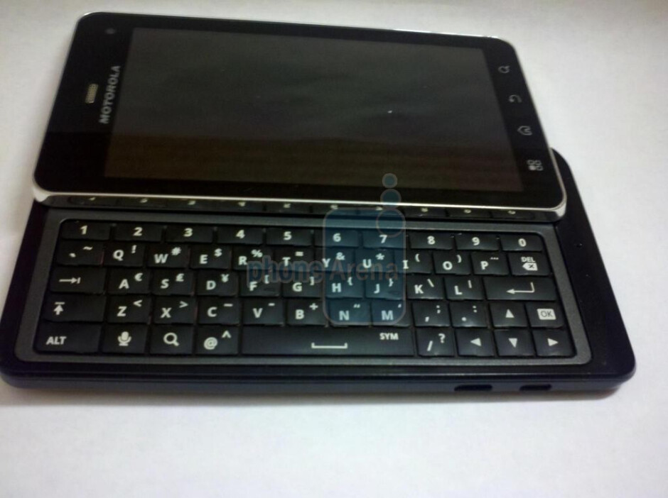 Motorola DROID 3 with 5-row QWERTY keyboard - Motorola DROID X 2, DROID 3, and Targa to come after the BIONIC
