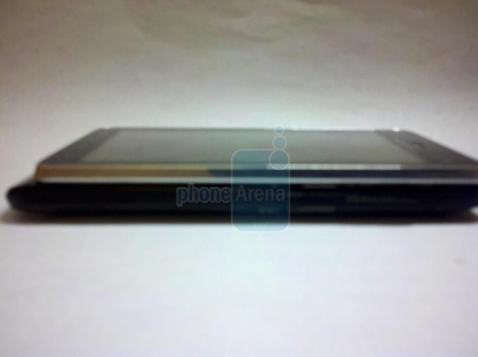 Motorola DROID 3 side view - Motorola DROID X 2, DROID 3, and Targa to come after the BIONIC