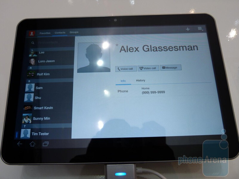 Samsung has been allowed to customize the Android 3.0 interface - Samsung GALAXY Tab 8.9 Hands-on
