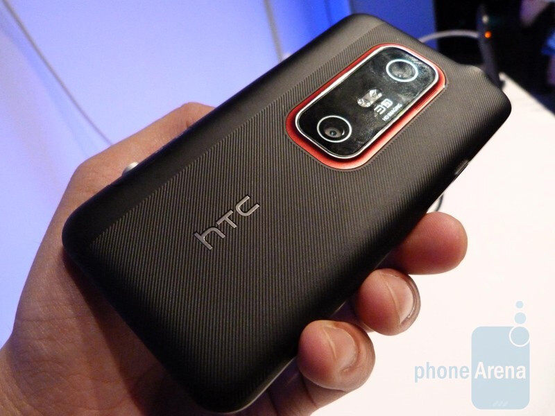 HTC EVO 3D actually improves upon the design - HTC EVO 3D Hands-on