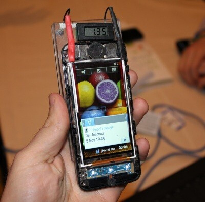 Solar charging your phone through its screen to enter retail devices a year from now