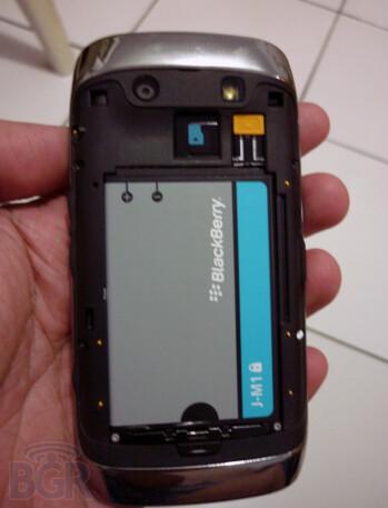 BlackBerry Touch, aka Monaco/Monza, photos surface on the web