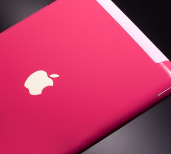 Colorware is offering their iridescent palette to the iPad 2