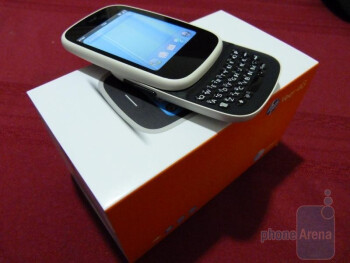HP Veer 4G Unboxing