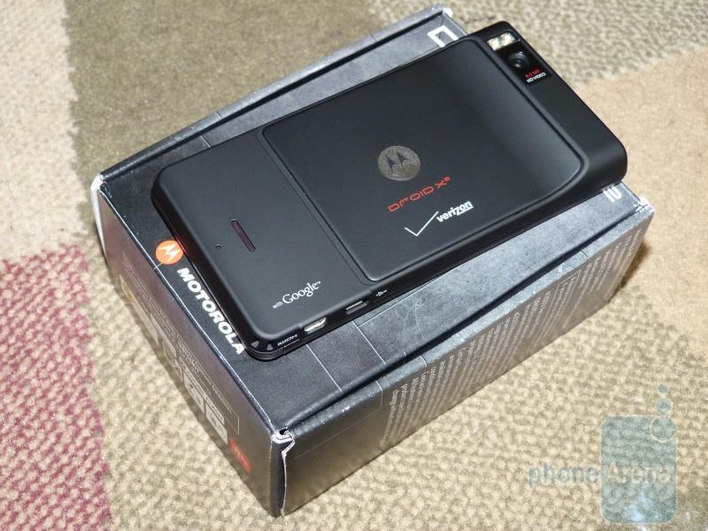Motorola DROID X2 Hands-on & Unboxing