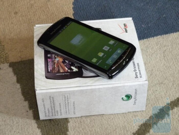 Sony Ericsson Xperia PLAY for Verizon Unboxing