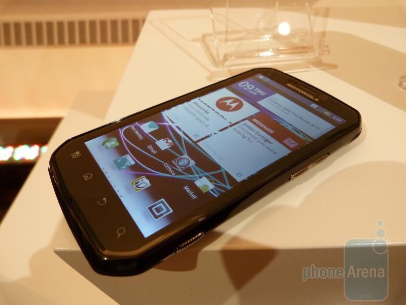 Motorola PHOTON 4G Hands-on