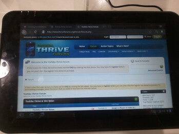 Toshiba Thrive makes an early arrival at some BestBuy stores