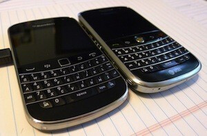 More pictures develop showing the BlackBerry Bold 9900