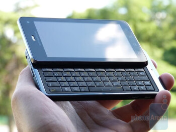 Motorola DROID 3 Unboxing & Hands-on