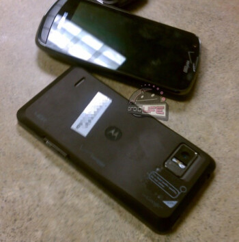 Photographs of the Motorola DROID Bionic and the Samsung DROID Charge