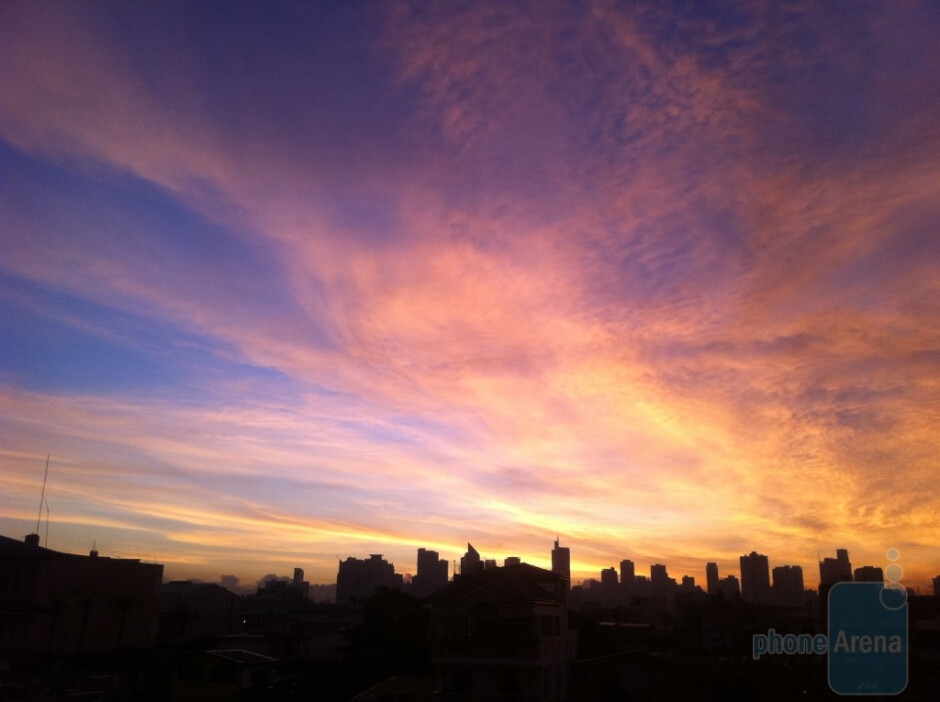 4. Jeric C. Baquiran - Apple iPhone 4Makati City Philippines - Cool images, taken with your cell phone #8