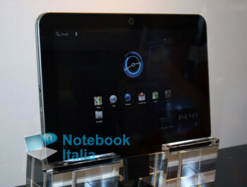 Thin Toshiba Excite Honeycomb tablet spotted at IFA 2011