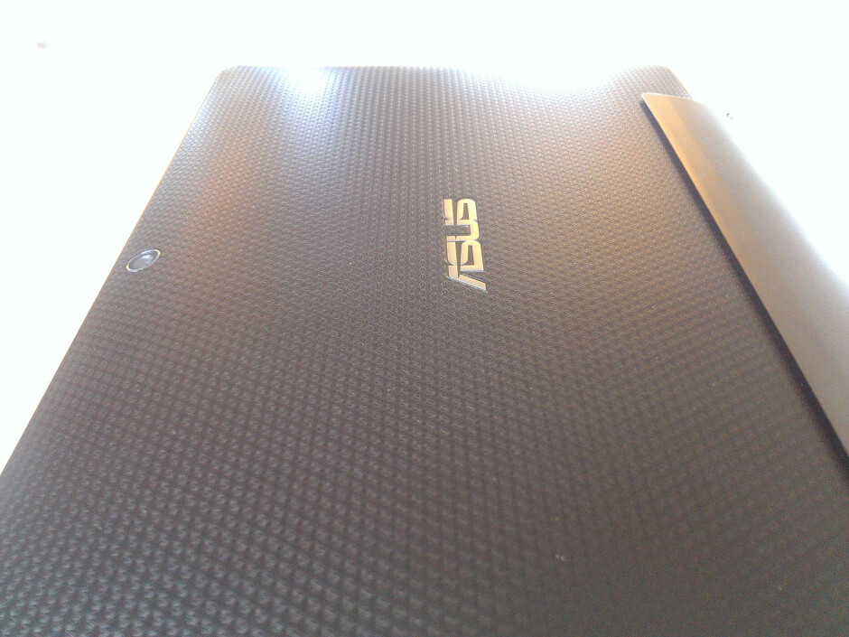 First camera samples from the HTC Titan