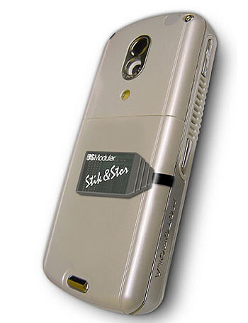 Stik and Stor cellphone memory solutions add up to 8GB storage capacity