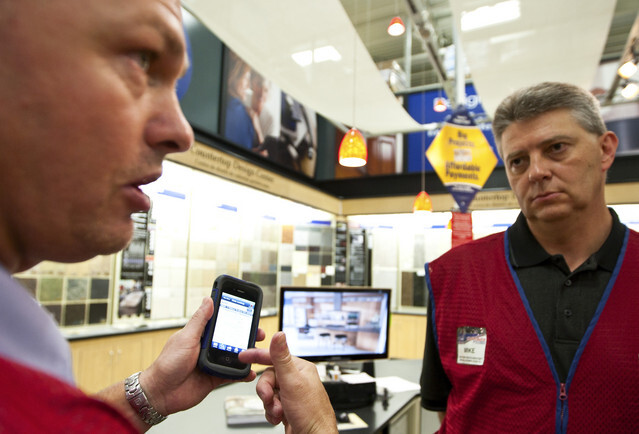 Lowe's is giving employees an Apple iPhone 4 to streamline customer interaction - Lowe's to give 42,000 Apple iPhone 4 handsets to employees