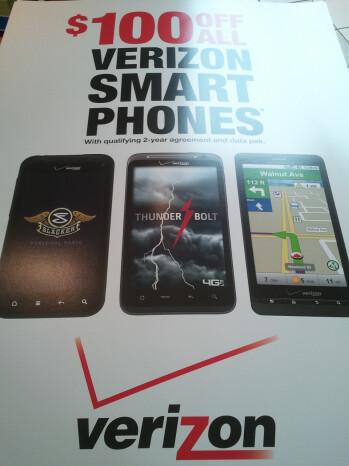 RadioShack slashing prices of all Verizon smartphones by $100