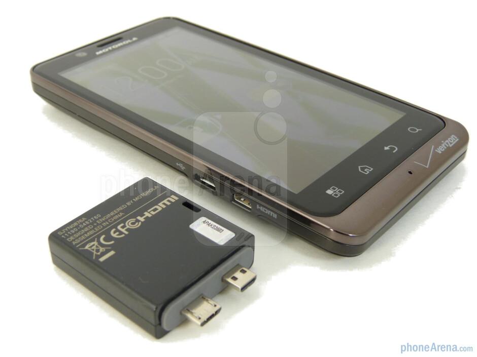 Motorola DROID BIONIC Webtop Adapter Hands-on