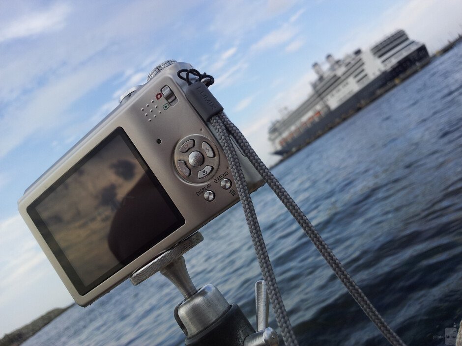 1. Emile de Wit - Samsung Galaxy S II - Cool images, taken with your cell phone #13