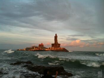 5. Manu Menon - Apple iPhone 3GSBeauty of Kanyakumari Beach