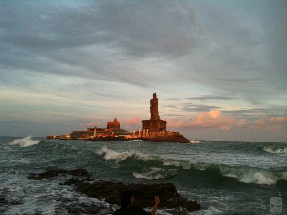 5. Manu Menon - Apple iPhone 3GSBeauty of Kanyakumari Beach - Cool images, taken with your cell phone #13