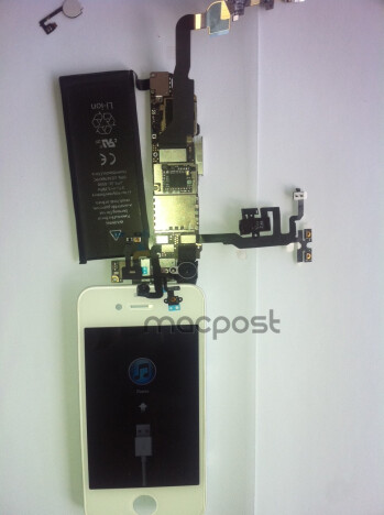 More alleged shots of the iPhone 4S internals leak, dual-core A5 stamped and ready to hum