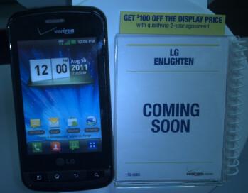 LG Enlighten dummies arrive at RadioShack, launch coming soon