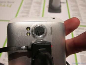 HTC Sensation XL Hands-on