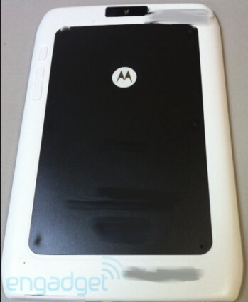 The Motorola DROID RAZR (L, LC) and the Motorola XOOM 2 (RC, R)