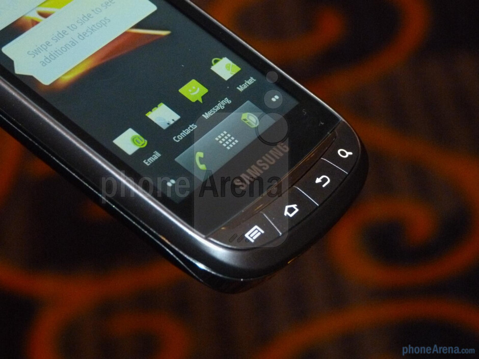 The Samsung Transform Ultra sports that characteristic plastic shell, which contributes in keeping the handset very lightweight - Samsung Transform Ultra Hands-on