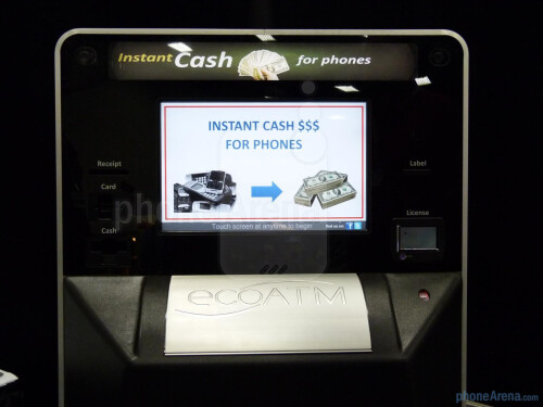 EcoATM+turns+your+old+phone+into+cash+with+its+self-service+option