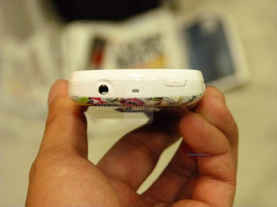 Huawei M835 Tokidoki edition hands-on