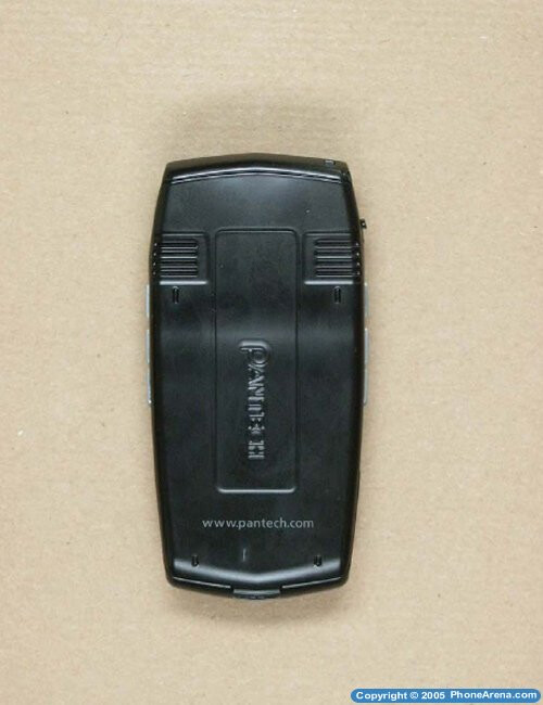 FCC approves Pantech PG-1810 clamshell
