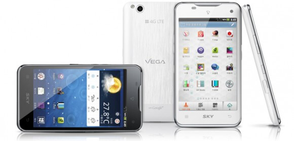 Pantech Vega LTE allows for gesture navigation to avoid finger grease