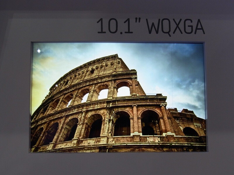 """Samsung demos two 2560x1600 pixels 10"""" displays, production of one to start next year"""