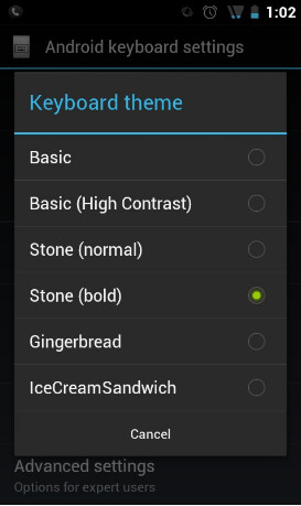Ice+Cream+Sandwich+keyboard+brings+native+themes