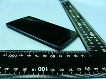 "Fujitsu Arrows F-07D measured 0.26"" at the FCC, proves Android catwalk can lead to anorexia"