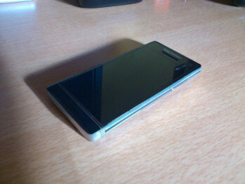 Sony Ericsson Nozomi leaks out in Hong Kong, coming at CES 2012?