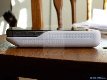 iSolarPlus Solar Powered Charger Case hands-on