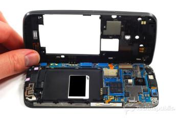 Verizon Samsung Galaxy Nexus gets the teardown treatment