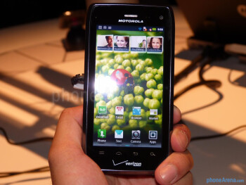 Motorola DROID 4 hands-on