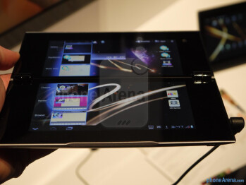 Sony Tablet P hands-on