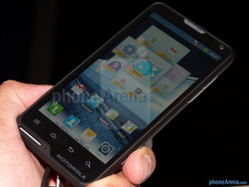 Motorola MOTOLUXE hands-on