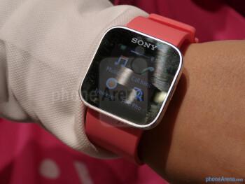 Sony SmartWatch demonstration