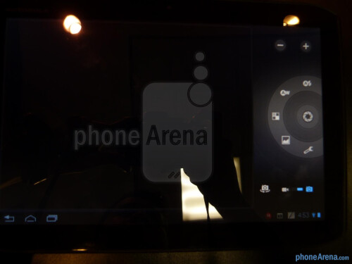 Motorola+DROID+XYBOARD+10.1+hands-on