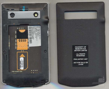 BlackBerry Porsche Design P'9981 gets a tear down courtesy of the FCC
