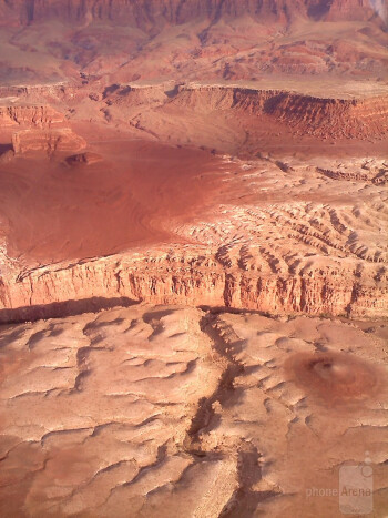 13. Vaughn Lasater - LG AllyGrand Canyon, plane view