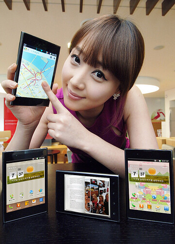 Big%2C+huge%2C+bigger%3A+giant+LG+Optimus+Vu+officially+announced%2C+supports+a+stylus