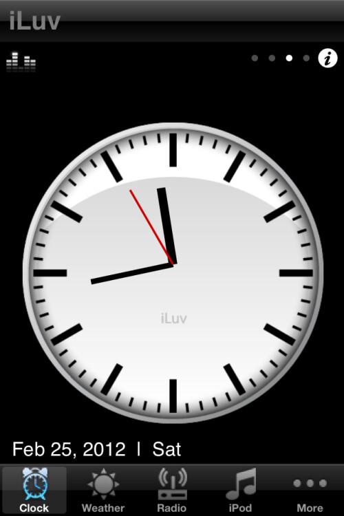 iLuv+Vibro+II+alarm+clock+stand+hands-on